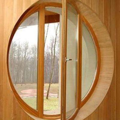 Круглое окно